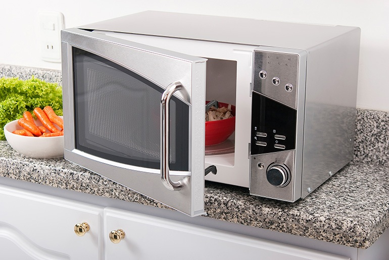 Reheating-Risotto-in-the-Microwave