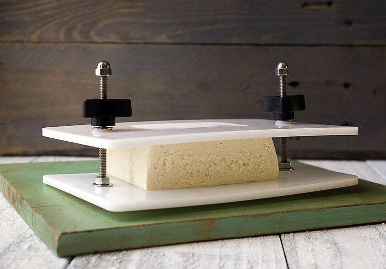 plate-style-tofu-press