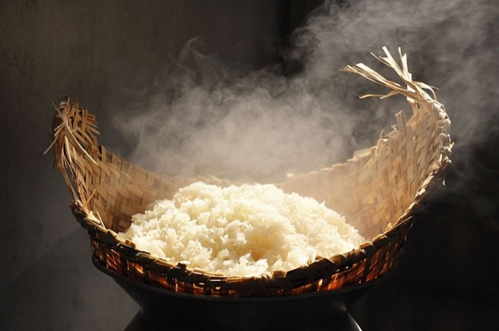cook rice by using steamer